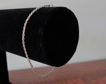 Vintage 1980s Women's Stylish Continental Silver Rope Bracelet 825 Italy