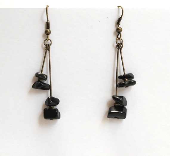 Black Stone Earrings: Black Stone Chip Dangle Earrings