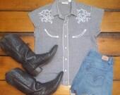 SALE Vintage 1980s Women's Black & White Gingham Plaid Western Short-Sleeved Shirt w/ Smile Pockets Size Med (EXCELLENT CONDITION)