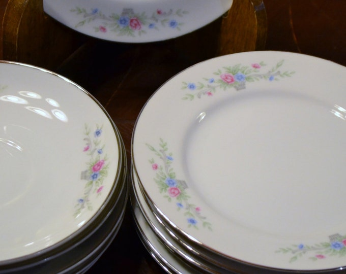 Vintage Florenteen Fine China Plate Set of 12 Fantasia Pattern Replacement PanchosPorch