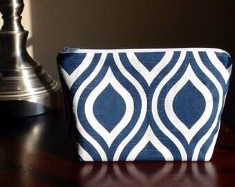 Makeup, cosmetic bag, zipper pouch, clutch - navy blue geometric scallops