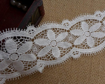 White Flower Lace Trim for Fashion And Craft Projects Costumes Altered Couture Dresses