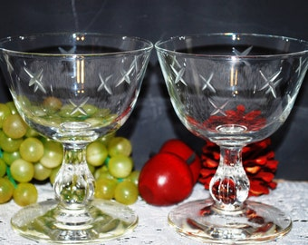 2 Pc Set Of Clear W/ Stars Etched Glass 5 Oz Stemmed Sherbets/Glasses