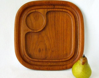 Mid Century Danish Modern Square Serving Tray - GoodWood Teak Wood Chip and Dip Cheese Board - Tiki Snack Party Tray