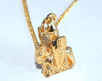 Lewis Chessmen Knight Necklace, Gold Plated. Handmade, Gift Boxed (tsh)