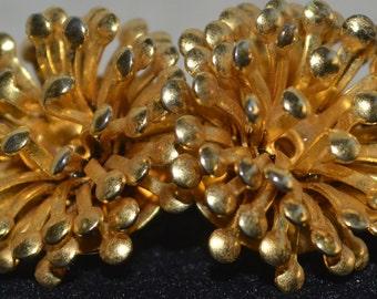 Vintage Gold Tone Fireworks Flower Clip On Earrings