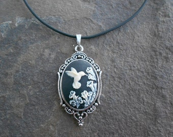 Stunning Ivory Hummingbird on Black Background Cameo Pendant Necklace--- Great Quality--- Unique Piece
