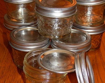 15 empty 2 5 oz baby food jars w lids clean by myheavenlyquilts. Black Bedroom Furniture Sets. Home Design Ideas