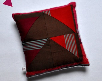CUSHION square stripes and triangles COLD TIME 6