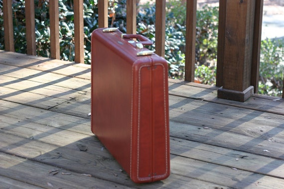 Vintage Samsonite Hard Briefcase -  Classic Brown with Brass Hardware - Retro Display, Repurpose