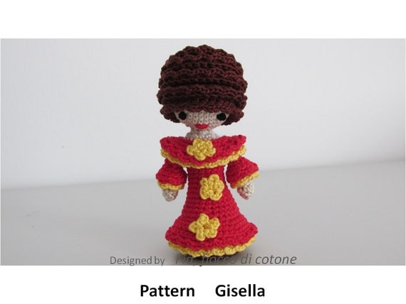 Amigurumi Mini Doll Pattern : Pattern Gisella miniature doll amigurumi crochet princess