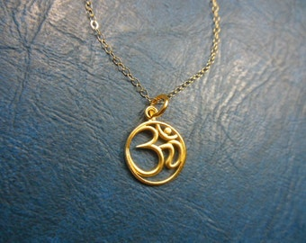 Necklace round gold om pendant on a 14k gold fill chain- Gold fill necklace- Om pendant