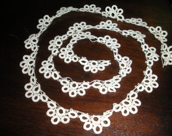 Length of antique tatting