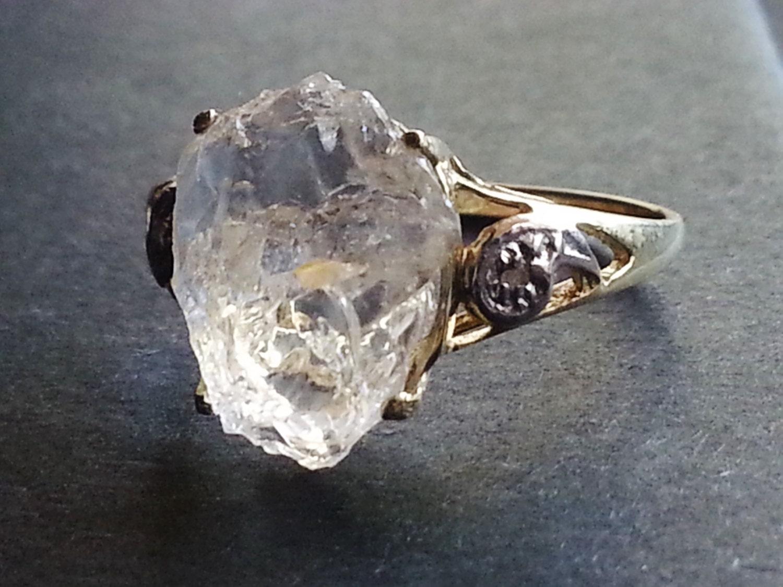 10k Solid Gold Raw Diamond Ring // Engagement Ring // Wedding