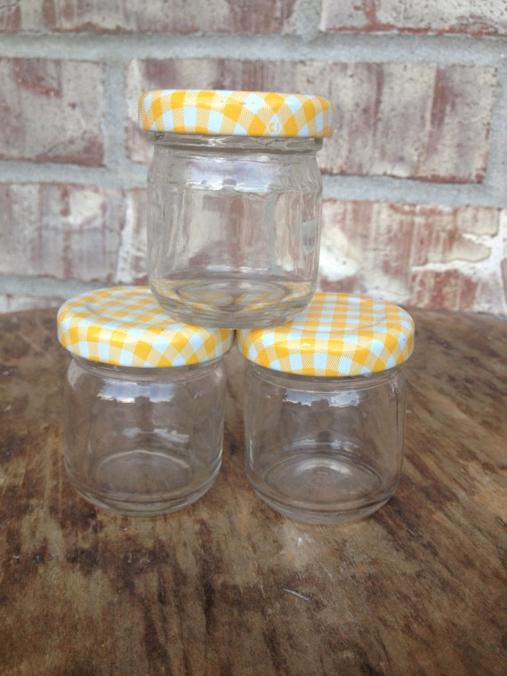 set of 3 teeny tiny vintage clear glass jelly jars yellow. Black Bedroom Furniture Sets. Home Design Ideas