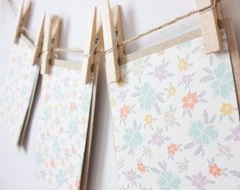 Ditsy Wildflowers Note Cards - Floral Blank Note Card Set