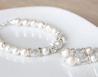 Bridal Jewelry Set, White Swarovski Pearl Bridal Jewelry Bracelet and Earrings, Wedding Set for Bride, Bridal Bracelet and Earrings e32-b25
