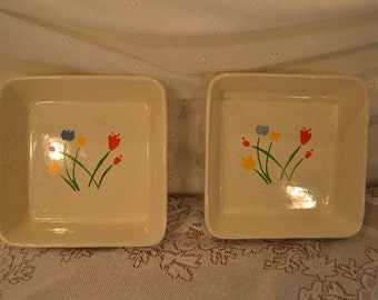 Vintage Set of Two Tulip Pattern Marimekko Style Baking Bowls from the 1970's