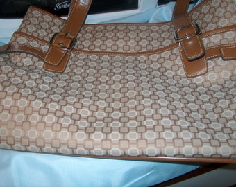 Vintage Nine West Handbag, WAS 50.00 - 25% = 37.50