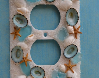 Outlet Cover - Limpet & Sea Glass