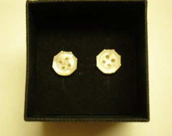Sterling silver, vintage mother of pearl button stud earrings