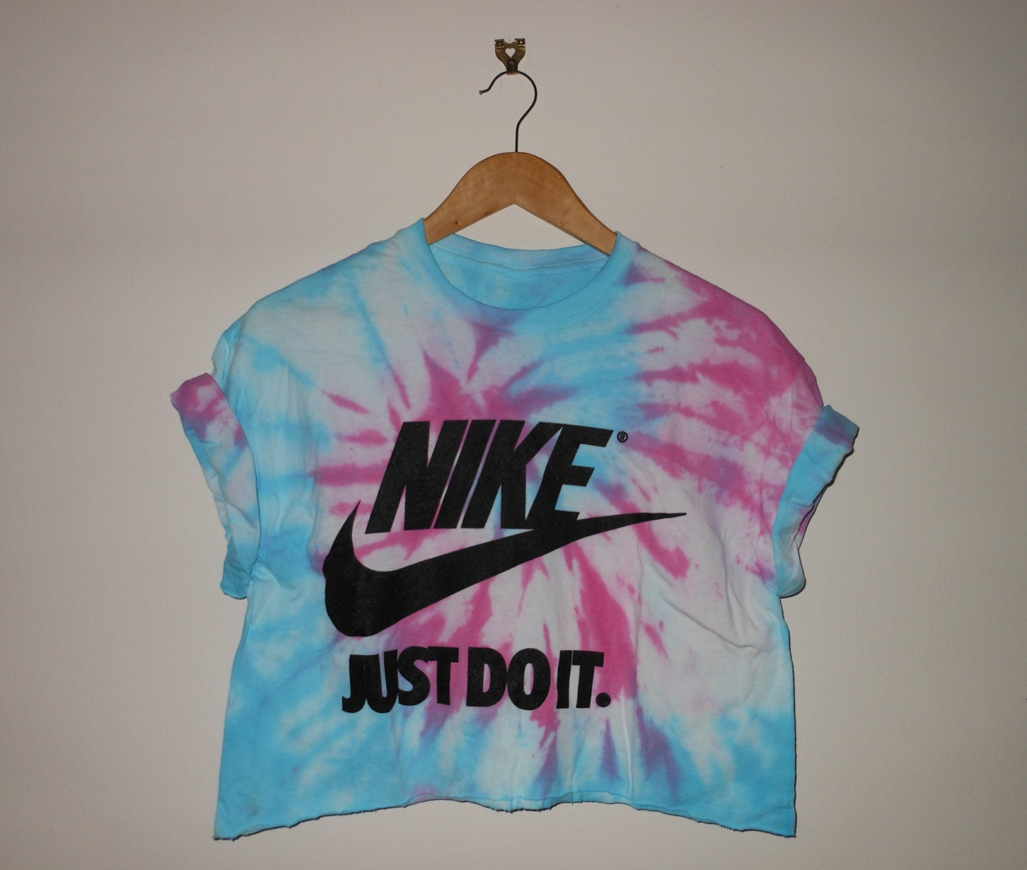 tie dye swag style classic nike crop top by. Black Bedroom Furniture Sets. Home Design Ideas