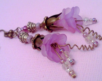 Lucite Earrings, Victorian Style, Springtime Earrings, Lilac and Pink , Boho, Cottage Chic, Flower Earrings, Floral Jewelry, Gypsy Earrings