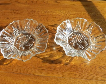 Federal Glass Co Pioneer Glass Bowls with Ruffled Edge  Set of 2