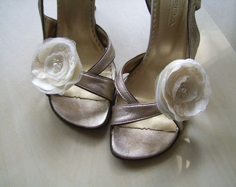 2 Champagne Ivory or White Shoe Clips Champagne Shoe Clips Ivory Shoe Clips Ivory Wedding Shoe Clips Bridal Shoe Clips