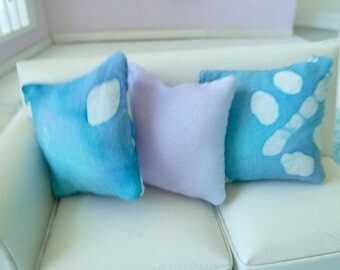 throw pillows -aqua and lavender for dollhouse miniatures 1/12 scale