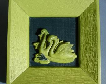 Vintage DEVONWARE chalkware 3D Swan Plaque Acid Green