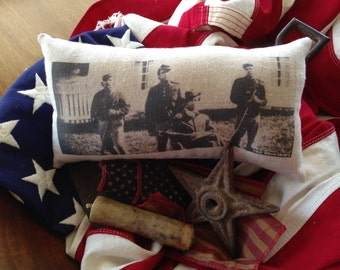 Vintage AMERICA JULY 4  Pillow