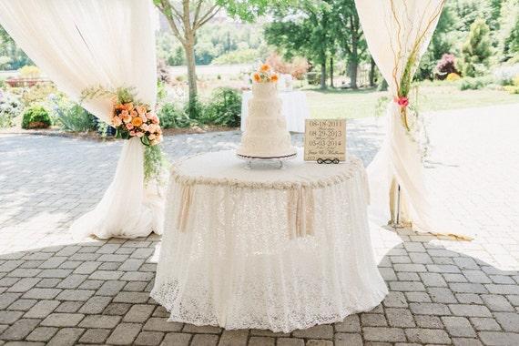Wedding Table Cloth, Shabby Chic Table Cloth, Burlap Roses, Lace Table Cloth,  Rustic Wedding, Shabby Chic Wedding, Ivory Table Cloth