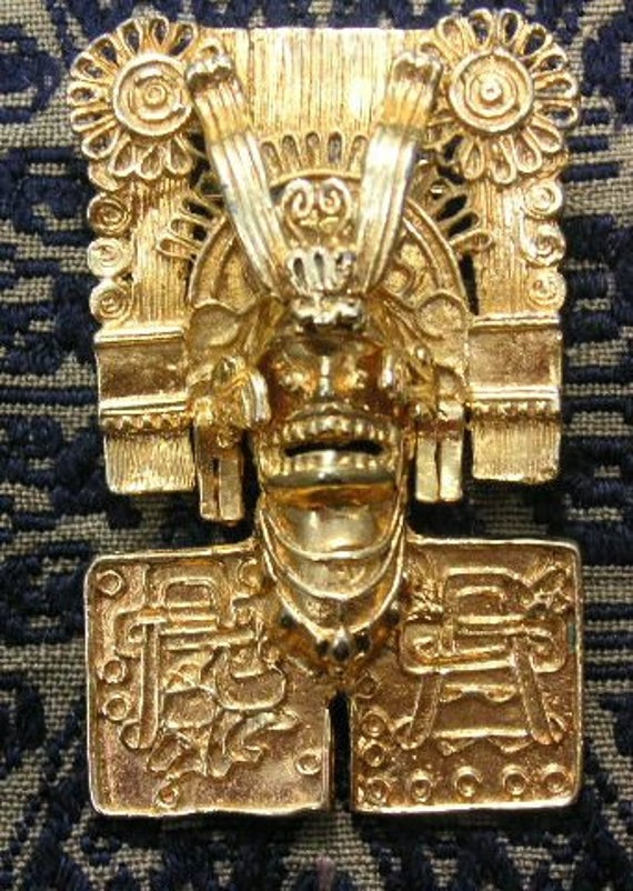 mayan gold artifacts