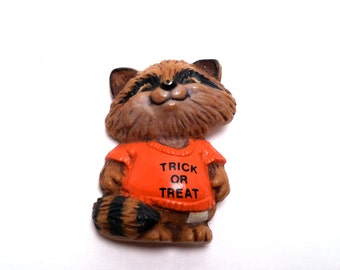 Halloween Rick Racoon Pin 1982