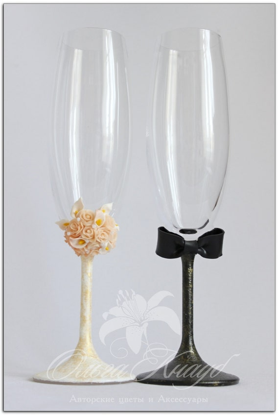 wedding glasses swarovski crystal champagne flutes lace wedding