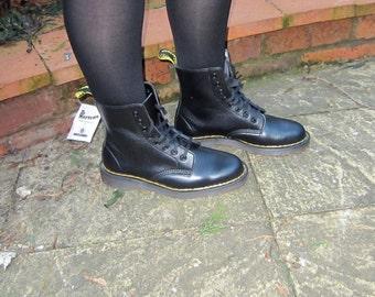 D Marten Black Boots