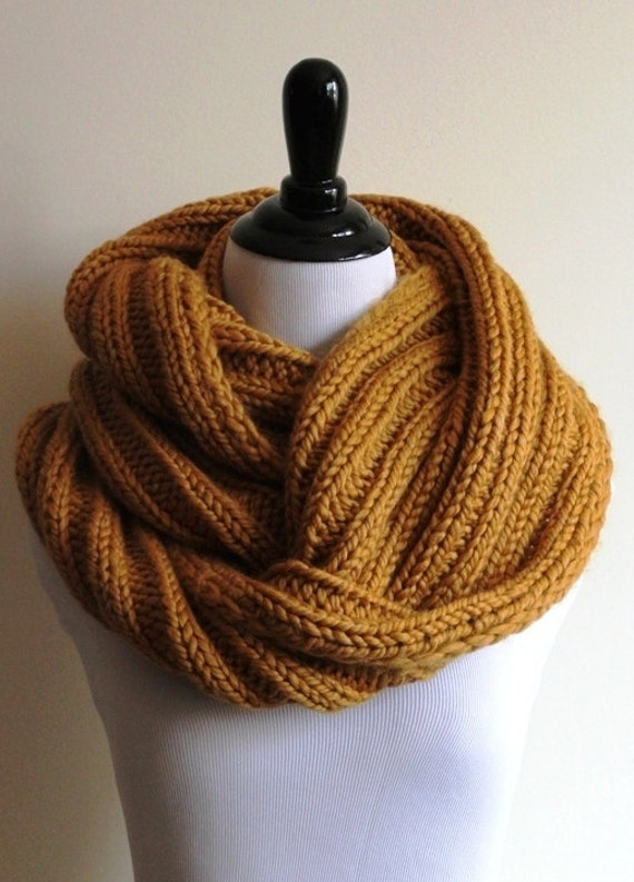 infinity scarf, Ribbed knit infinity scarf, chunky knitted scarf ...