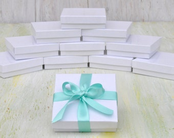 20 Jewelry Boxes 3.5x3.5x1 White Gloss Retail Presentation with Cotton Fill Size 33