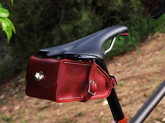 DAY TWO, Bicycle Wedge Bag, Burgundy Oil Tan Leather