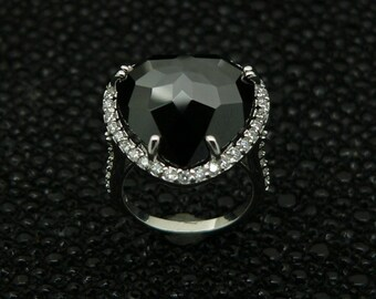Ladies,heart,design,925,silver,ring,hand,set,stones,black ,onyx,and,white,round ,cut,cz ,rhodium,plated,plus,  jewelry,gift ,box.,