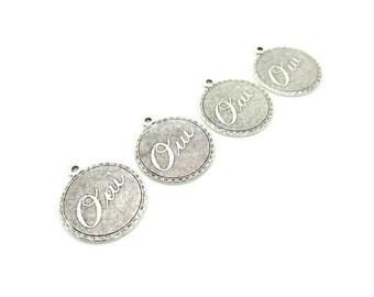Antiqued Silver Oui Pendants Charms, 4pcs