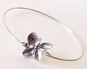 Silver Flower  Metal Bangle Bracelet Stack, Large Size