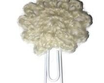 White flower crochetted bookmark