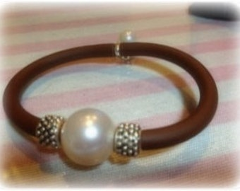 Pretty bracelet rubber