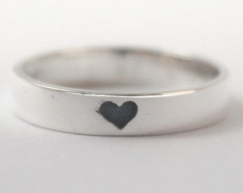 Hidden Mesage Heart ring, 925 Sterling silver w. oxidized heart w. carved heart inside. Valentines Gift, Engagement, friendship, Mothers day