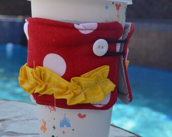 Minnie Mouse-Inspired Coffee Sleeve