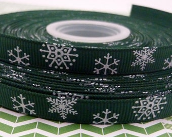 1m Green Grosgrain Ribbon with White Snowflakes 9mm Christmas
