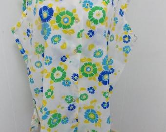 Vintage Montgomery Wards Ladies Spring Floral Retro Look Blouse Size