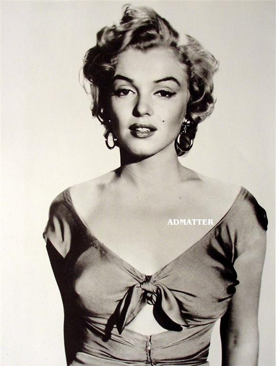 marilyn monroe pin up poster awesome photo in sexy peek a boo